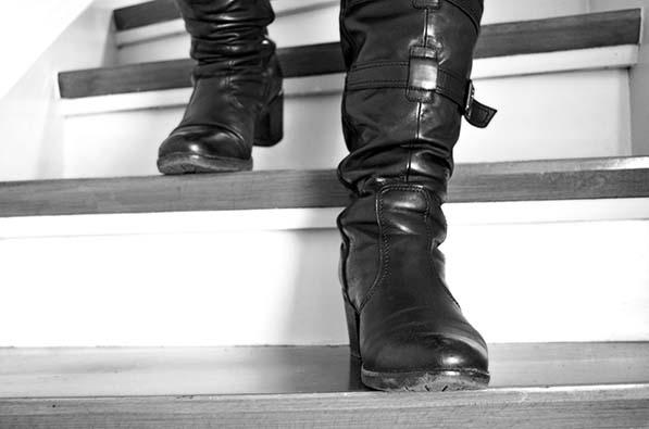 8ce47cfa Dziś to komfortowe buty casualowe, które dobrze sprawdzają się w  codziennych stylizacjach - dlatego tak bardzo lubimy oficerki. Jak nosić te  buty, ...